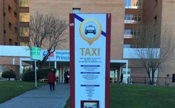 Alcalá de Henares estrena nuevos paneles informativos en todas las paradas de taxi